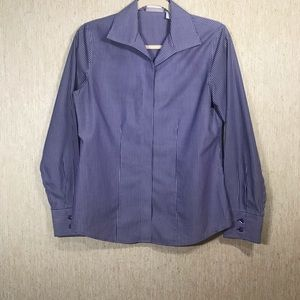 CHICO'S Fitted Button down Top, size 00 (approx 2)
